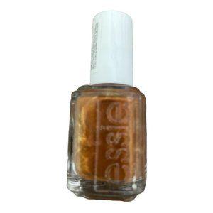 💋5/$20 Essie Nail Color in Cargo Cameo